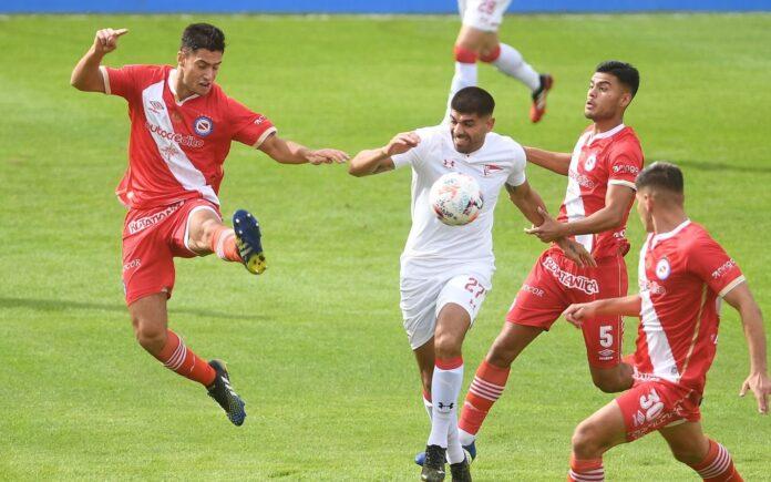 Argentinos-vs-Estudiantes-Copa-Profesional-Rival