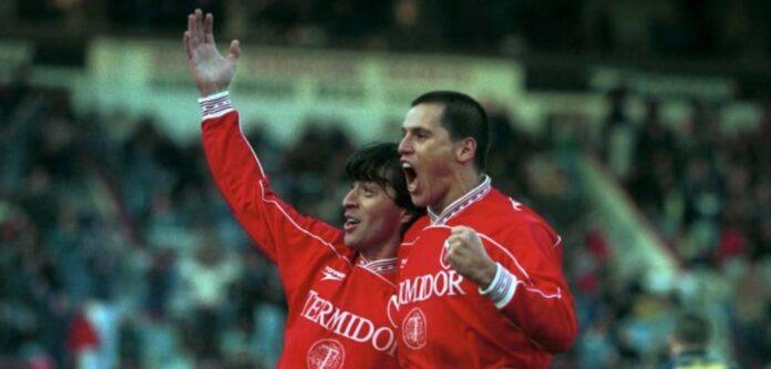 Garnero-Calderón-gol-Independiente-Boca-Clausura-1999