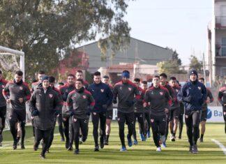 Plantel-Independiente-Entrenamiento-Villa-Domínico-Hisopados-COVID