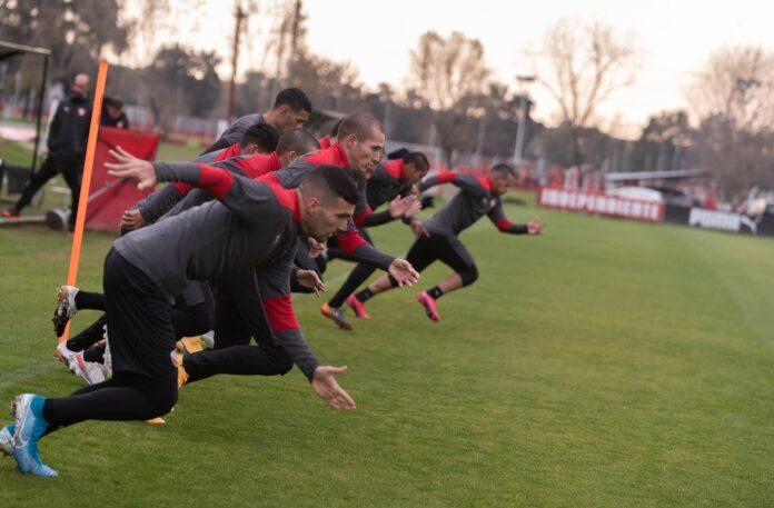 Independiente-Entrenamiento-Villa-Domínico-Agenda-Viaje-Brasil-Santos-Sudamericana