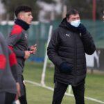 Julio-Falcioni-Plantel-Independiente-Entrenamiento-Villa-Domínico