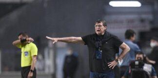 Julio-Falcioni-Independiente-Conferencia-Declaraciones-post-Santos-Copa-Sudamericana-Brasil