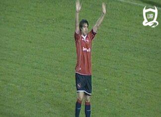Federico-Pocho-Insúa-vuelta-vs-Almagro-Apertura-2004-Independiente-Efeméride