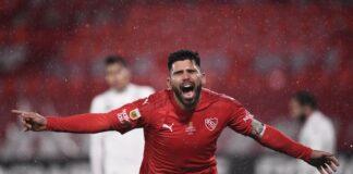 Silvio-Romero-Gol-Racing-Clásico-Top-10-Goles-Estadio-Libertadores-de-América