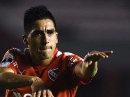 Leandro-Fernández-Independiente-Godoy-Cruz-Ambas-Camisetas